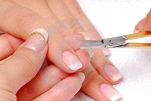 Forefinger - cut cuticle