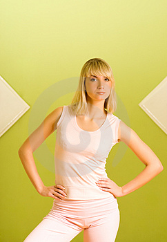 Woman Ready For Fitness Royalty Free Stock Photography - Image: 4502587