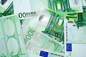 100 Euros Photographie stock - Image: 4591292