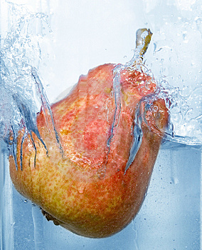 Splashing Pear Stock Photos - Image: 4623843