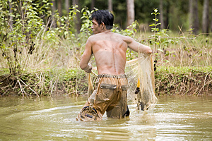 Fishing With A Throw Net Stock Photography - Image: 4636432