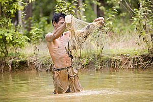 Fishing With A Throw Net Stock Image - Image: 4636511