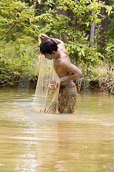 Fishing With A Throw Net Royalty Free Stock Photo - Image: 4636555