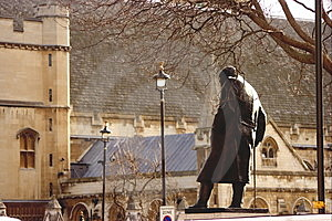 Churchill Statue. Forever Going To Parliament . Stock Photography - Image: 4665722