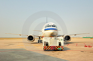 Traction Aircraft Equipment And Aircraft Stock Image - Image: 4770081