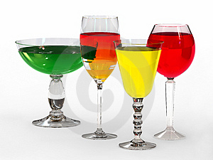 Quatre Verres De Vin Grands Photos stock - Image: 4846683