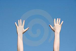 Mani nel cielo Fotografia Stock Libera da Diritti