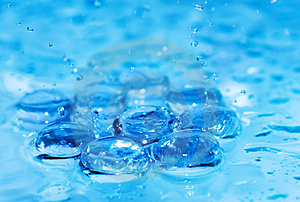 Splashing Water Royalty Free Stock Photos - Image: 4904758