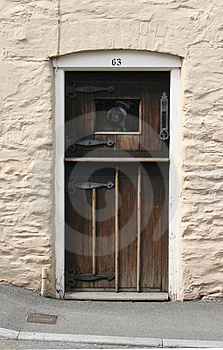 Old Cottage Door Royalty Free Stock Images - Image: 5017179