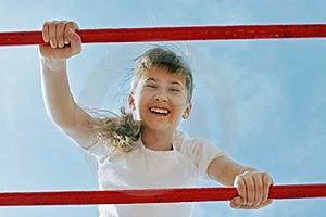 Mädchen Im Spiel Stockbild - Bild: 5048601