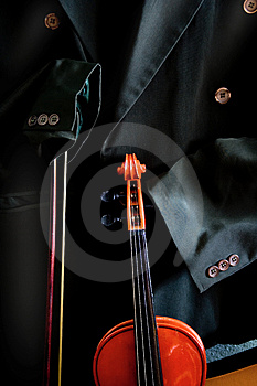 Antique Violin Stock Images - Image: 5083674