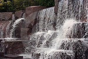 Caídas De Conexión En Cascada Imagen de archivo libre de regalías - Imagen: 5087486