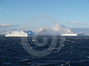 Iceberg Alley Royalty Free Stock Photo - Image: 5124535