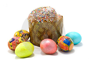 Easter cake and six Easter eggs Stock Images
