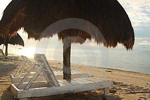 Место в тени Стоковое Фото - изображение: 5133880