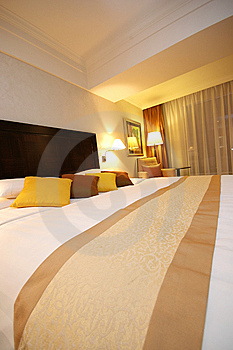 Cozy Bed Royalty Free Stock Photos - Image: 5190698
