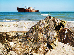 Ship Wreck Royalty Free Stock Photos - Image: 5227278