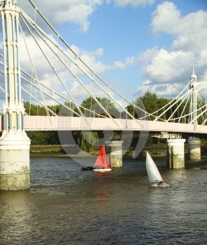 Sailing Boats On The Thames Royalty Free Stock Images - Image: 535789