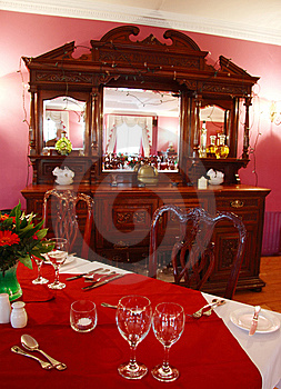 Dining Out  Royalty Free Stock Images - Image: 5331949