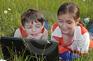 Children And Computer Royalty Free Stock Photo - Image: 5339035