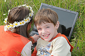 Children And Computer Royalty Free Stock Photo - Image: 5339125