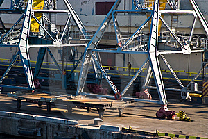 Harbor Crane Royalty Free Stock Photos - Image: 5428158