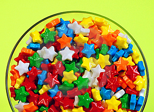 Candy stars in dish Free Stock Photo