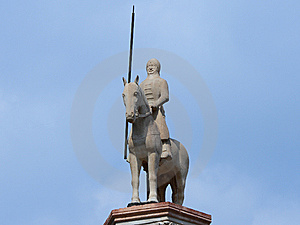 Statue On Scaligeri Tomb Royalty Free Stock Photos - Image: 5431118