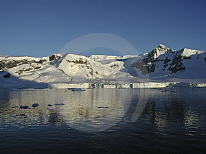Antarctica Sailing Stock Images - Image: 5434894