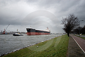 Tugboat And Big Ship Stock Images - Image: 5455964