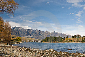 The Remarkables, Lake Wakatipu Stock Images - Image: 5462404