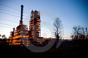 Industrial Oil Works Stock Photos - Image: 5493443