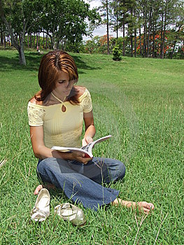 Beautiful Girl Reading A Book Royalty Free Stock Photos - Image: 5504398