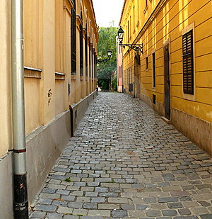 Cobblestone narrow street Royalty Free Stock Photography