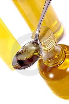 Оливковое масло Стоковые Фото - изображение: 5519633