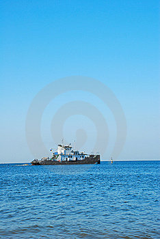 Tugboat Royalty Free Stock Images - Image: 5571209