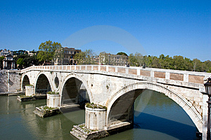 Bridge Royalty Free Stock Images - Image: 5611019
