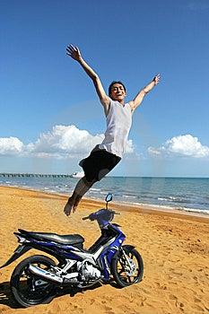 Spiaggia Tropicale Emozionante Fotografie Stock - Immagine: 5617593