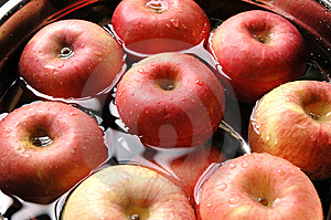 Red Apples Stock Photography - Image: 5661062