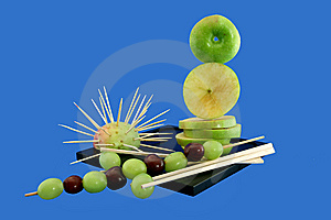 Shish Kebab From Grapes Royalty Free Stock Photography - Image: 5676817