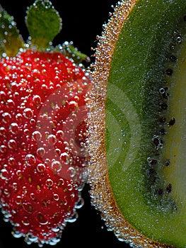 Strawberry& Kiwi Stock Photography - Image: 5682092