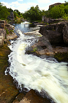 River Stream And Good Day, Sunny Royalty Free Stock Photos - Image: 5756998
