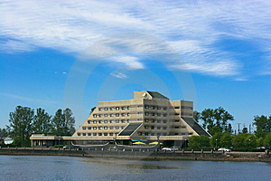 Hotel On Creek Shore Royalty Free Stock Image - Image: 5794556