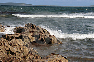 Black Rocks 3 Royalty Free Stock Images - Image: 5805549