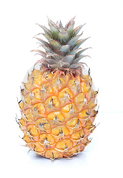 Ripe Ananas Royalty Free Stock Photos - Image: 5806908