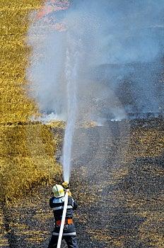 Extinguish Royalty Free Stock Images - Image: 5851839