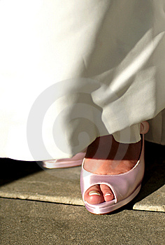 Pink Wedding Shoes Royalty Free Stock Images - Image: 5872019