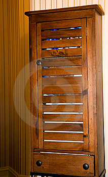 Old Wooden Bath Chest Stock Image - Image: 5928161