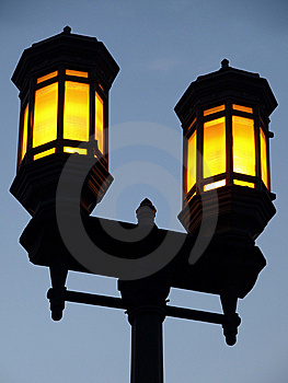 Dual Lamp Streetlight Stock Photos - Image: 5953073