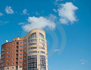 High Multistory House Of Red And Yellow Bricks Royalty Free Stock Photos - Image: 5985928